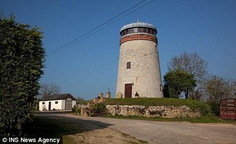 Дом в ветряной мельнице (Англия)