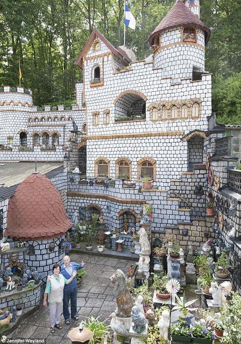 Строительство сказочного замка длиной в 37 лет (Германия)