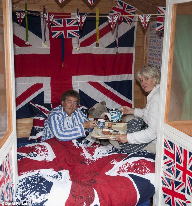 Самый патриотичный отель Лондона… в сарае (Англия)