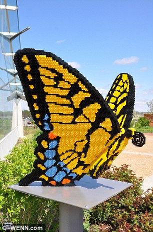 Сад скульптур LEGO от Шона Кенни (США)