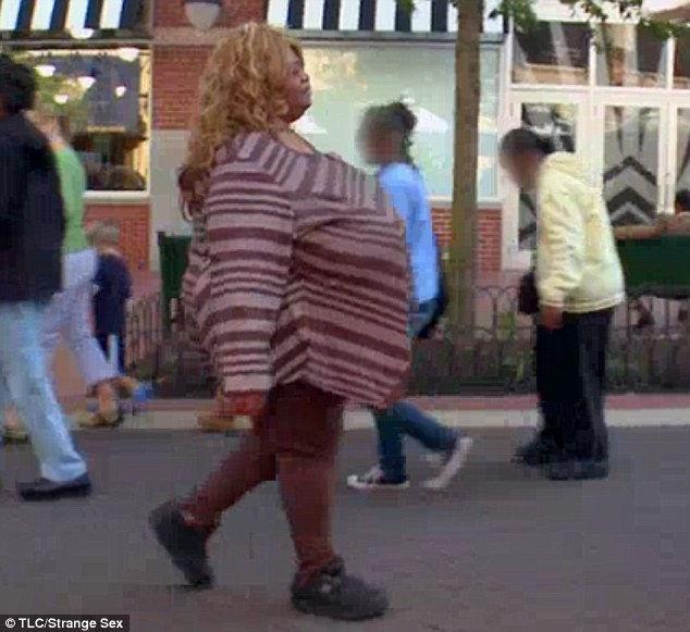 Энни Хокинс-Тернер: женщина с самой большой естественной грудью (США)