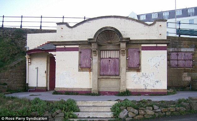 Шикарный дом из общественного туалета (Англия)