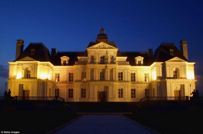 Чжан Лаффитт: китайская копия французского дворца (Китай)