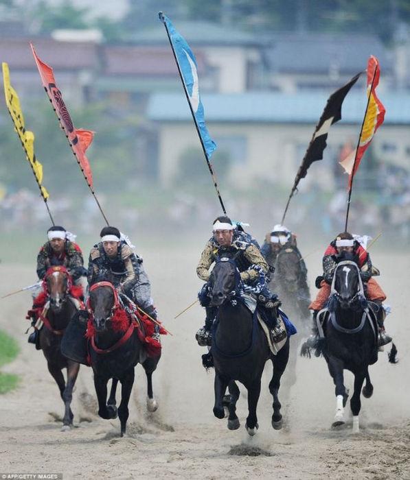 Фестиваль самураев Soma Nomaoi (Япония)