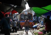 Maeklong: рынок на железнодорожных путях (Таиланд)
