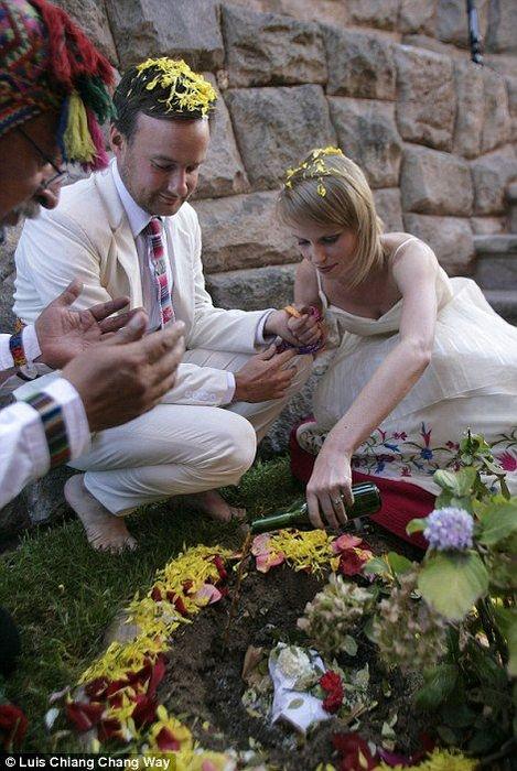 Алекс Пиллинг и Лиза Грант - 30 свадебных церемоний