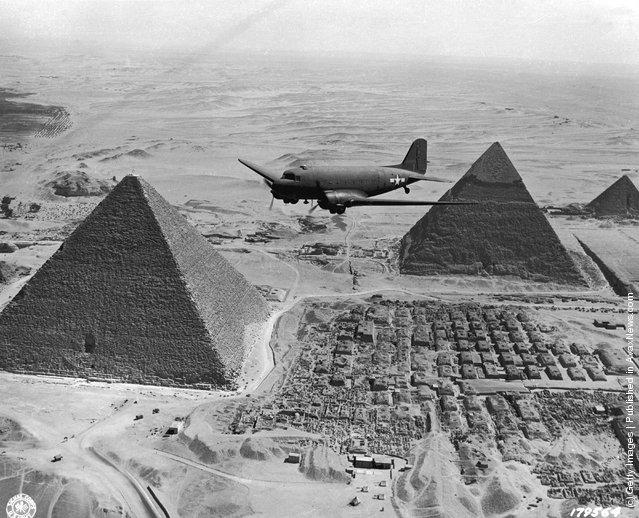 Пирамиды в Гизе: ретроспектива 1880-1955 гг