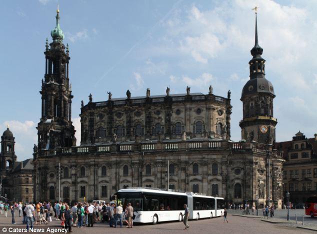рекордно длинный автобус в мире (Германия)