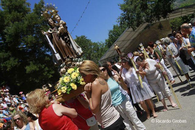 Праздник Святой Марты де Рибартеме (La Fiesta de Santa Marta de Ribarteme)