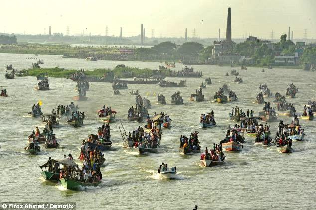 Nouka Baich: традиционная лодочная регата (Бангладеш)