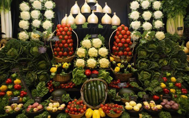 Гигантские овощи на выставке Harrogate Autumn Flower Show (Англия)
