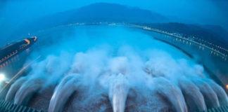Три ущелья: самая большая плотина в мире (Китай)