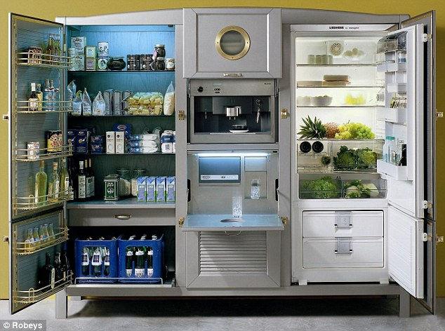 Meneghini La Cambusa: холодильник размером с кухню (Италия)