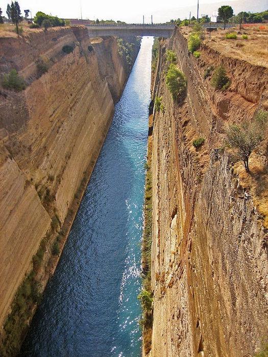 Коринфский канал: тысячелетний долгострой (Греция)
