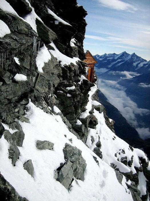 Хижина Сольве: избушка на высоте 4000 метров (Швейцария)
