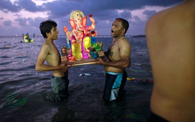 Праздник Ганеши, индуистского бога с головой слона (Индия)