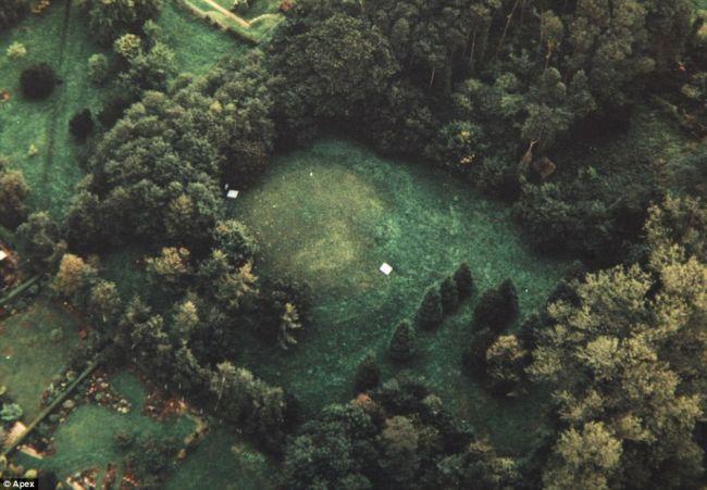 Подземный дом в подземном резервуаре (Англия)