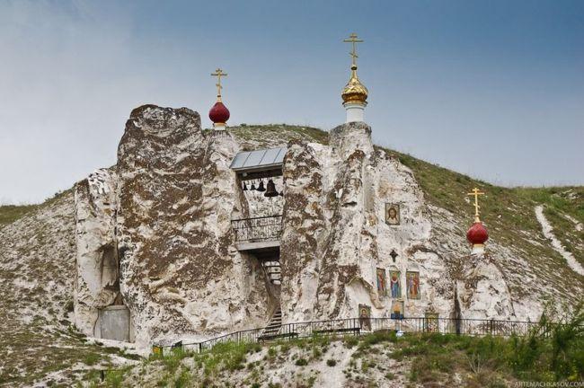 Костомаровский Свято-Спасский женский монастырь (Россия)