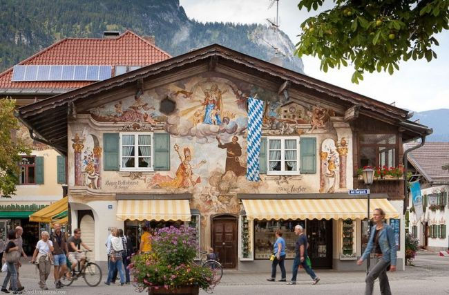 Гармиш-Партенкирхен: художественная жемчужина Альп (Германия)