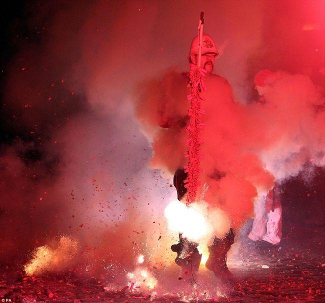 Ночь Гая Фокса 2012 в Льюисе (Англия)