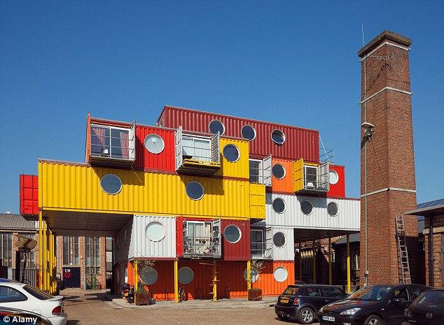 Недвижимость из движимости: дома из контейнеров (США)
