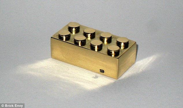 Золотой Лего: самый дорогой лего-кирпич в мире