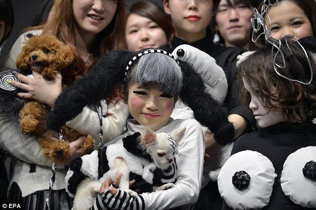 Детская мода в готическом стиле (Япония)
