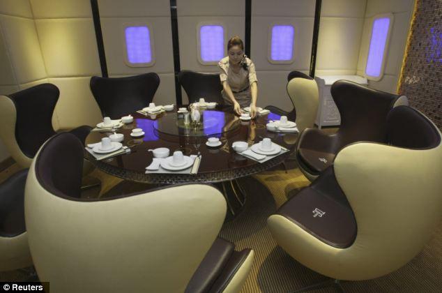 A380: самолетный ресторан (Китай)