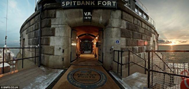 Spitbank Fort: отель в военной морской базе (Англия)