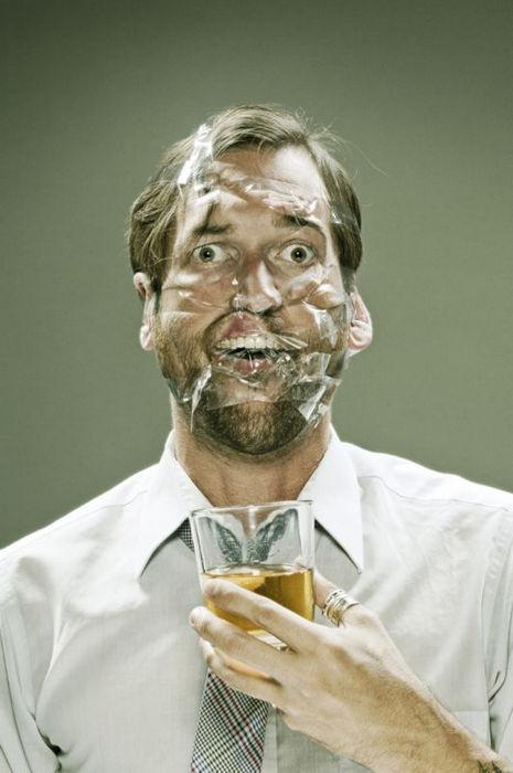 Фотосерия Scotch Tape: веселый скотч от Уэса Намана