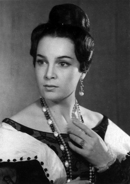20 самых красивых советских актрис - Элина Быстрицкая