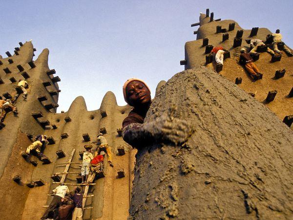Большая мечеть Дженне: самое крупное глиняное здание (Мали)