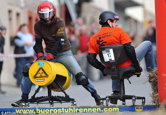 Гонки на офисных стульях 2011 (Германия)