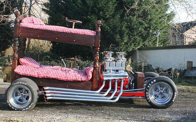 Bunk bed: на кровати с ветерком (Англия)