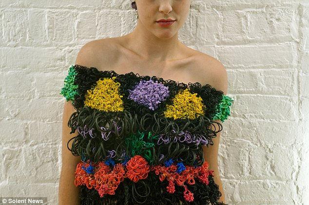 Маргарита Милева и ее платья из резинок (США)