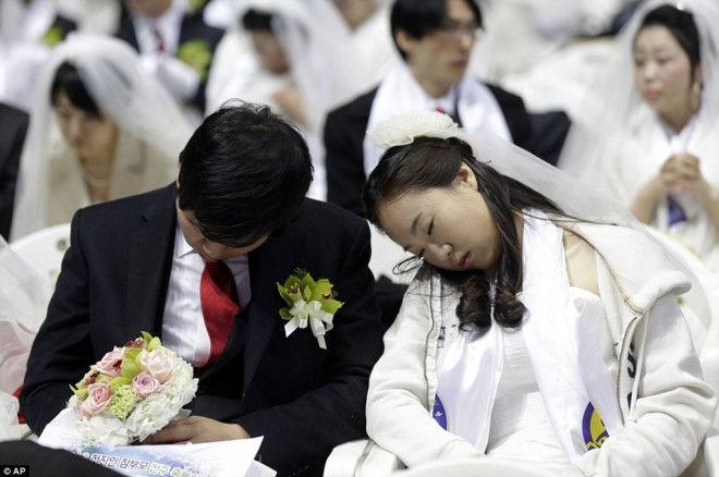 Самая многочисленная массовая свадьба (Корея)