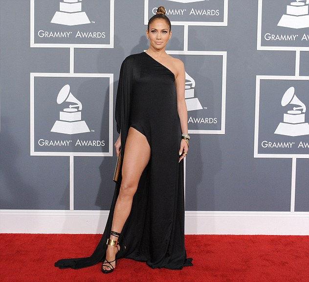 Самые нескромные платья на церемонии Грэмми 2013 (США)