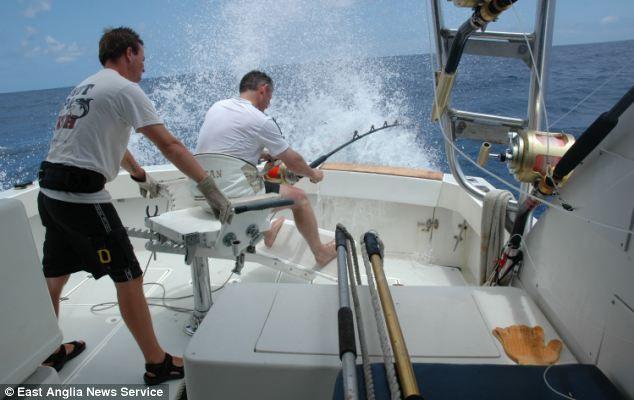 Рекордная рыбалка: 600 килограмм на удочку (Англия)