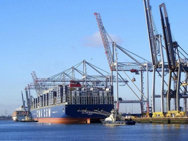 Марко Поло: самый большой корабль-контейнеровоз
