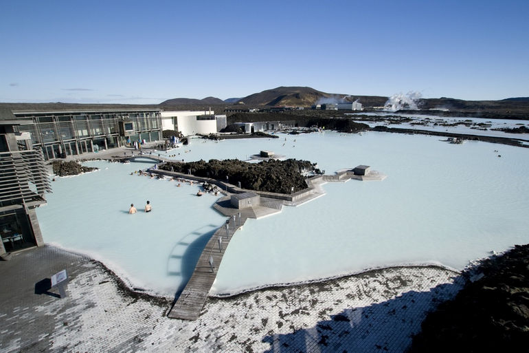 Голубая Лагуна в Исландии: курорт, спа, бассейн