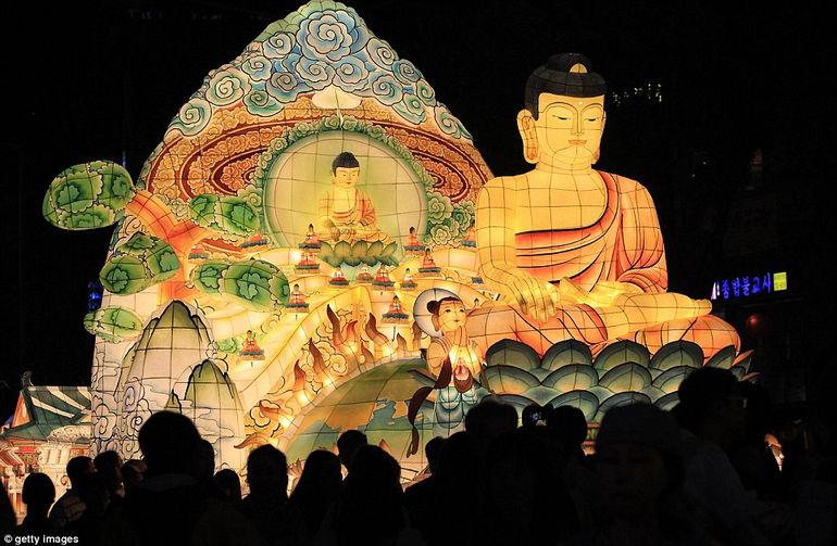 Празднование Дня рождения Будды в Южной Корее