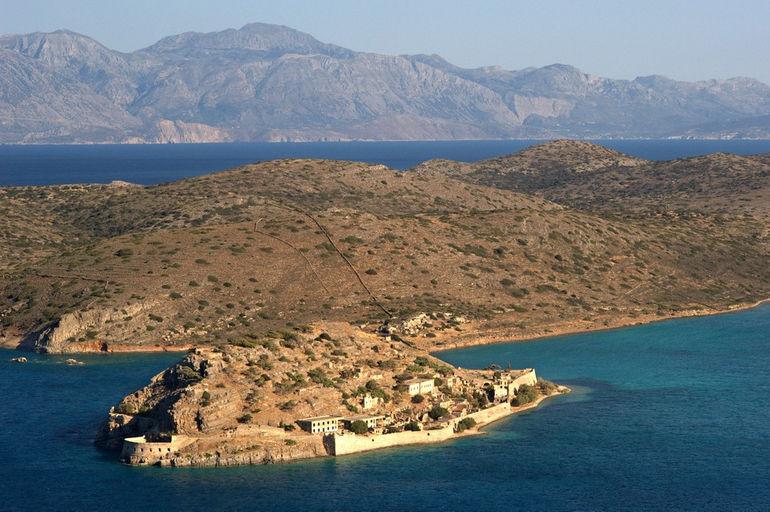 Спиналонга: остров скорби (Греция)