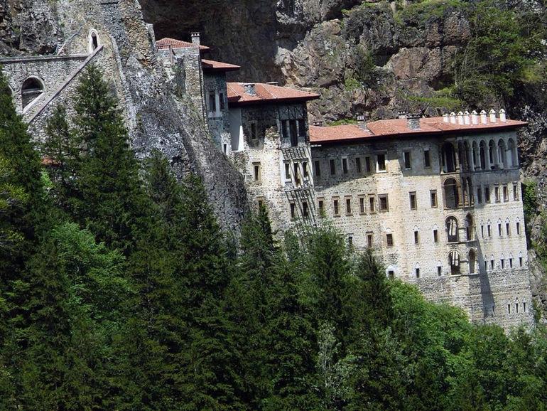 Монастырь Сумела Панагия (Турция)