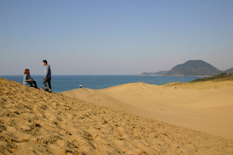 Дюны Тоттори: миниатюрная пустыня в Японии