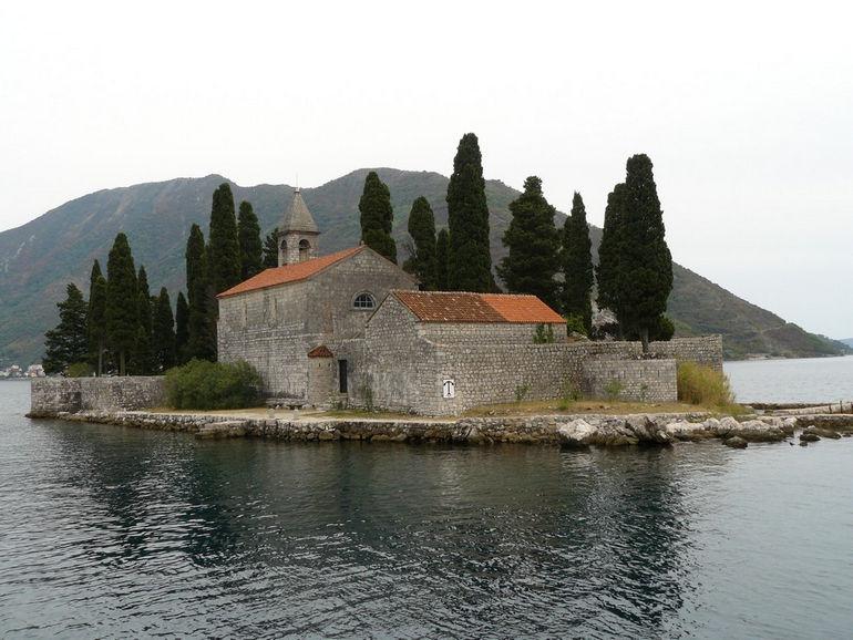 Бока Которска: крупнейшая бухта на Адриатическом море
