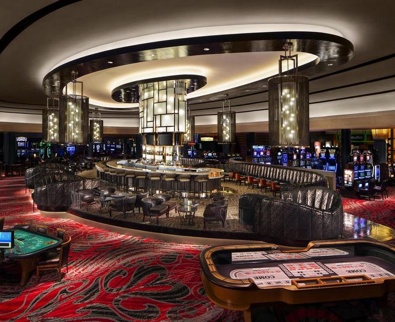 25. social_casino_floor