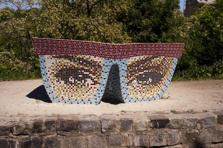 Пейзажная аллея: сказочный уголок в центре Киева (Украина)