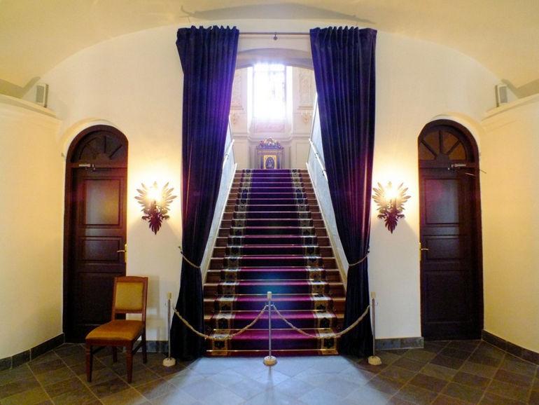 Несвижский замок: самый красивый дворцово-парковый комплекс Белорусии
