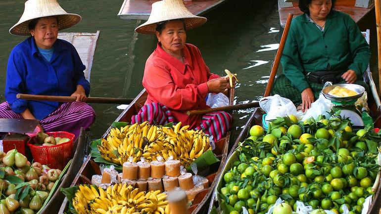 Damnoen_Saduak_Floating_Market_Ratchaburi