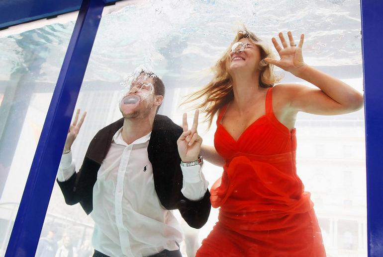 Cosmopolitan Underwater Fashion Show: красота без кислорода (Австралия)